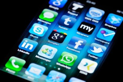 Integrate social media in your website to boost your Google ranking